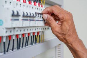 Disjoncteurs électriques , bien choisir pour votre sécurité